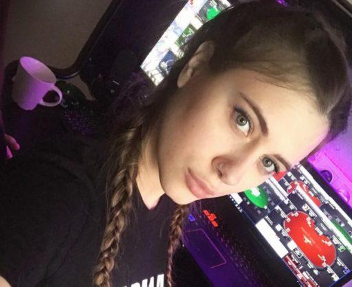 Liliya Novikova era considerada la jugadora de póker más sexy devirales portada